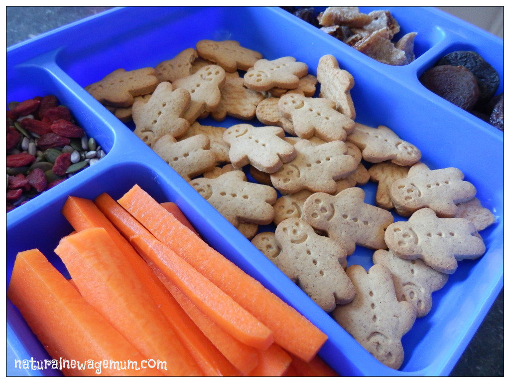 Little Bellies – Organic Snacks Review and Giveaway