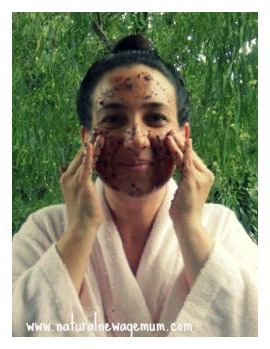 Make your own chocolate scrub and mask!