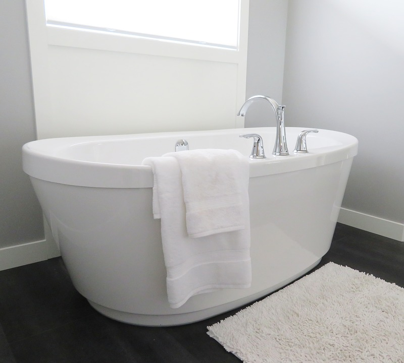 Must Have Natural Cleaning Products For Your Bathroom Natural - Natural mould remover for bathroom