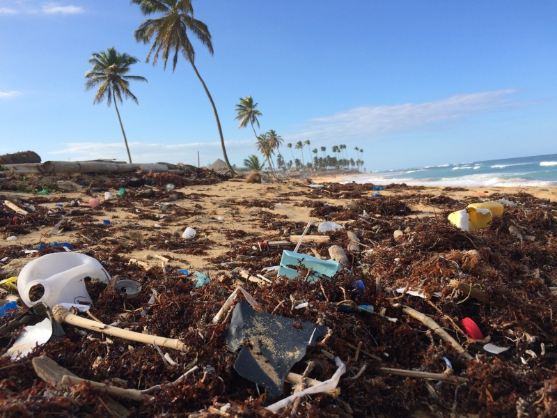 10 Ways to Reduce Plastic in your Life
