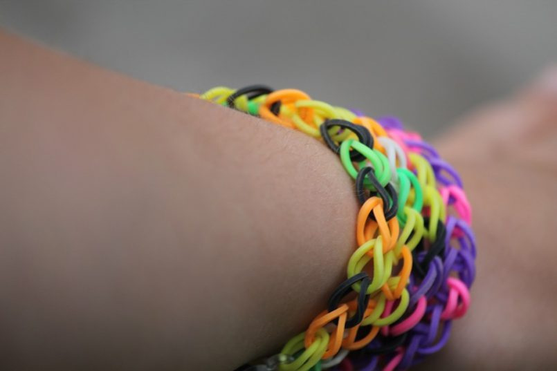 Loom Bands – A hazard to our health and the environment