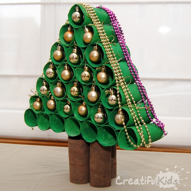 creatifulkids-Christmas-tree-kids-crafts-from-toilet-paper-rolls