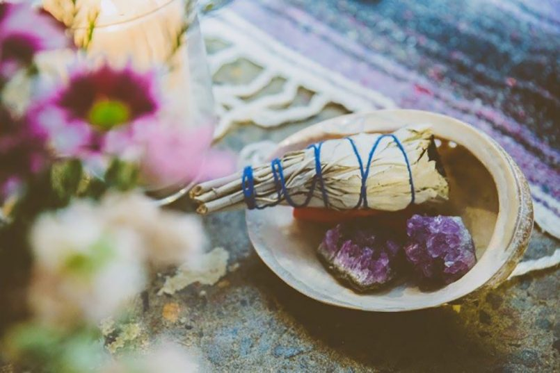 What is SMUDGING and how do you do it?