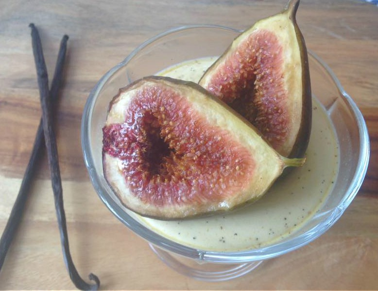 Honey & Chai Spiced Panna Cotta with Grilled Figs